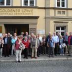 """Gruppenbild vor dem """"Goldenen Löwe"""" in Eisenach"""